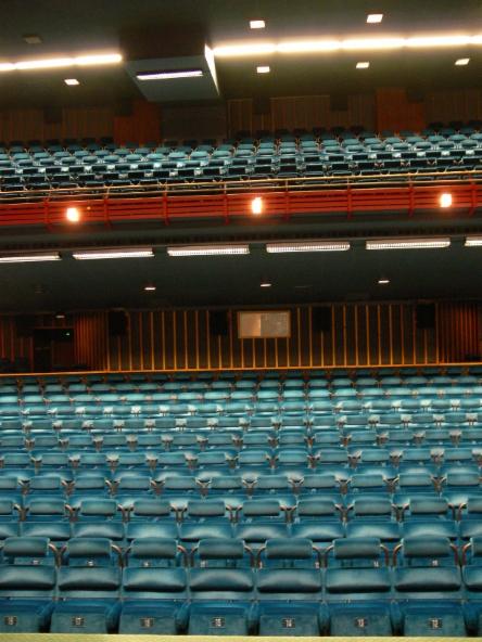Jyrki Tenni, Vanhat Elokuvateatterit, Bristol